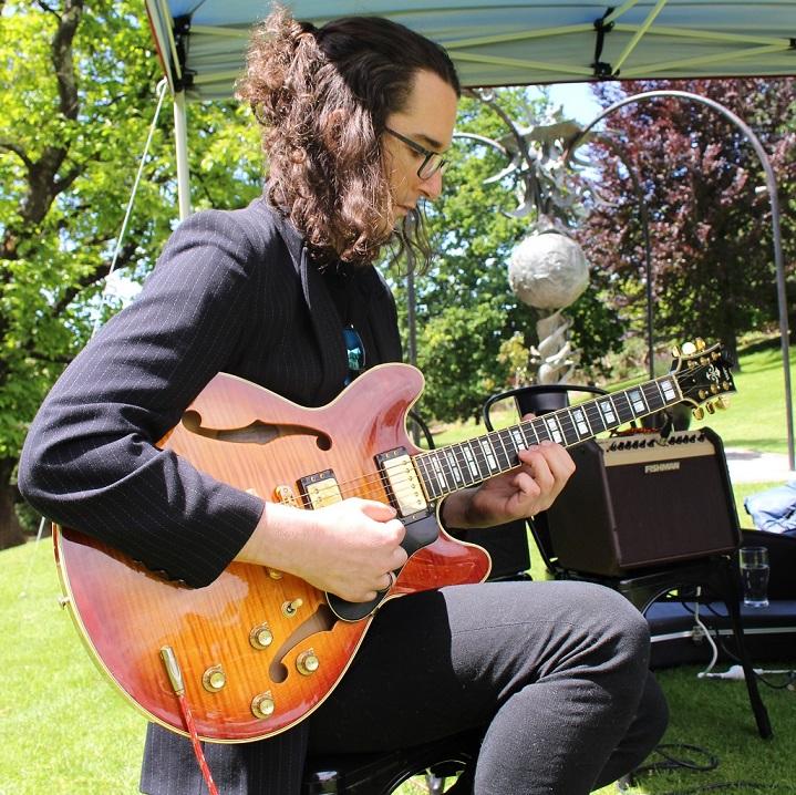 Solo Guitarist Tasmania